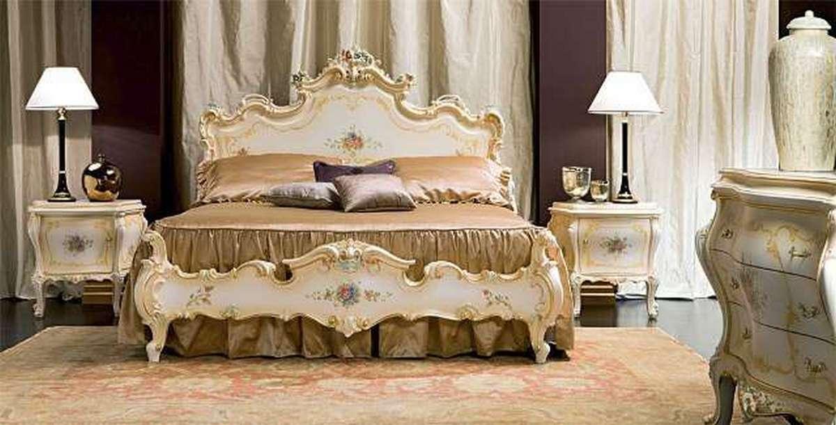 белые спальни в классическом стиле на фото