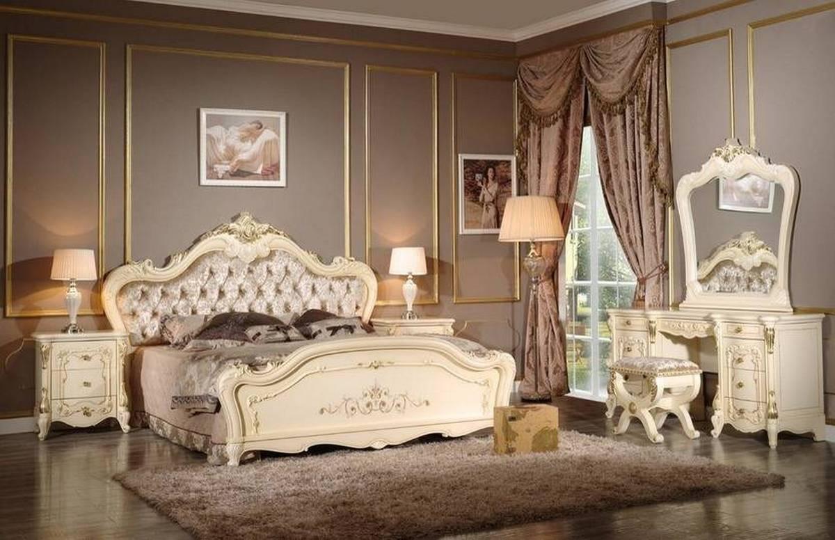 белые спальни в классическом стиле