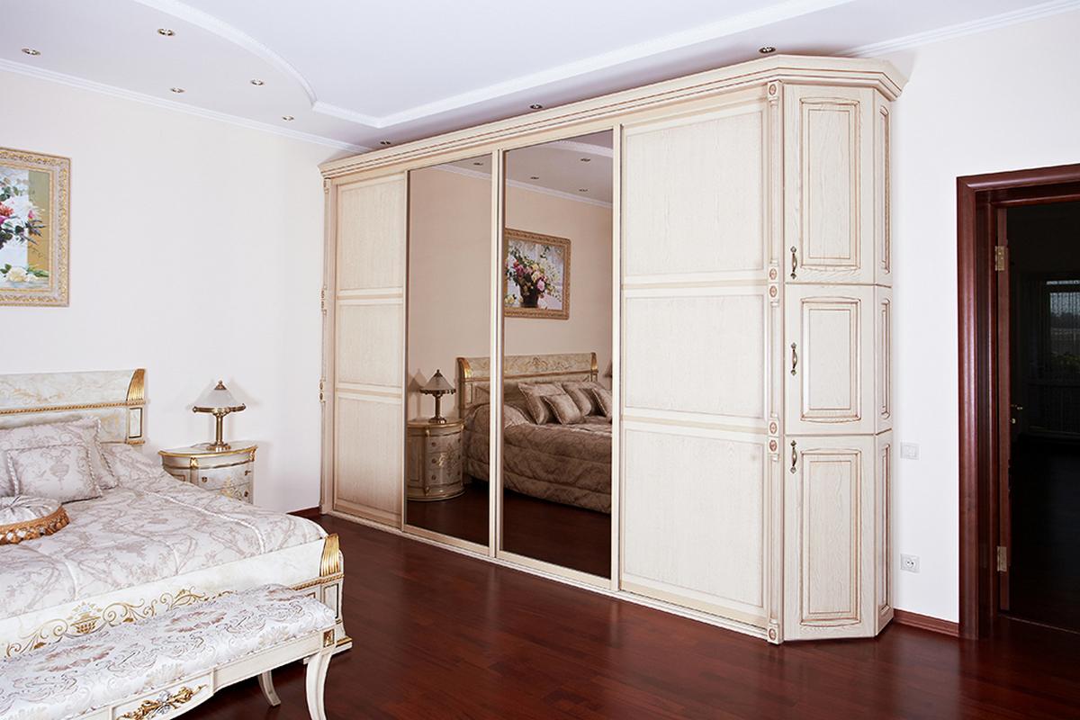 дизайн спальни в классическом стиле шкаф