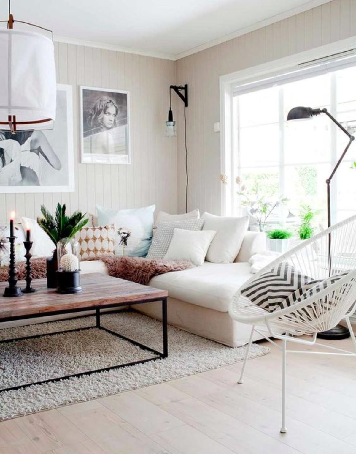 дом в скандинавском стиле гостиная с пушистым ковром