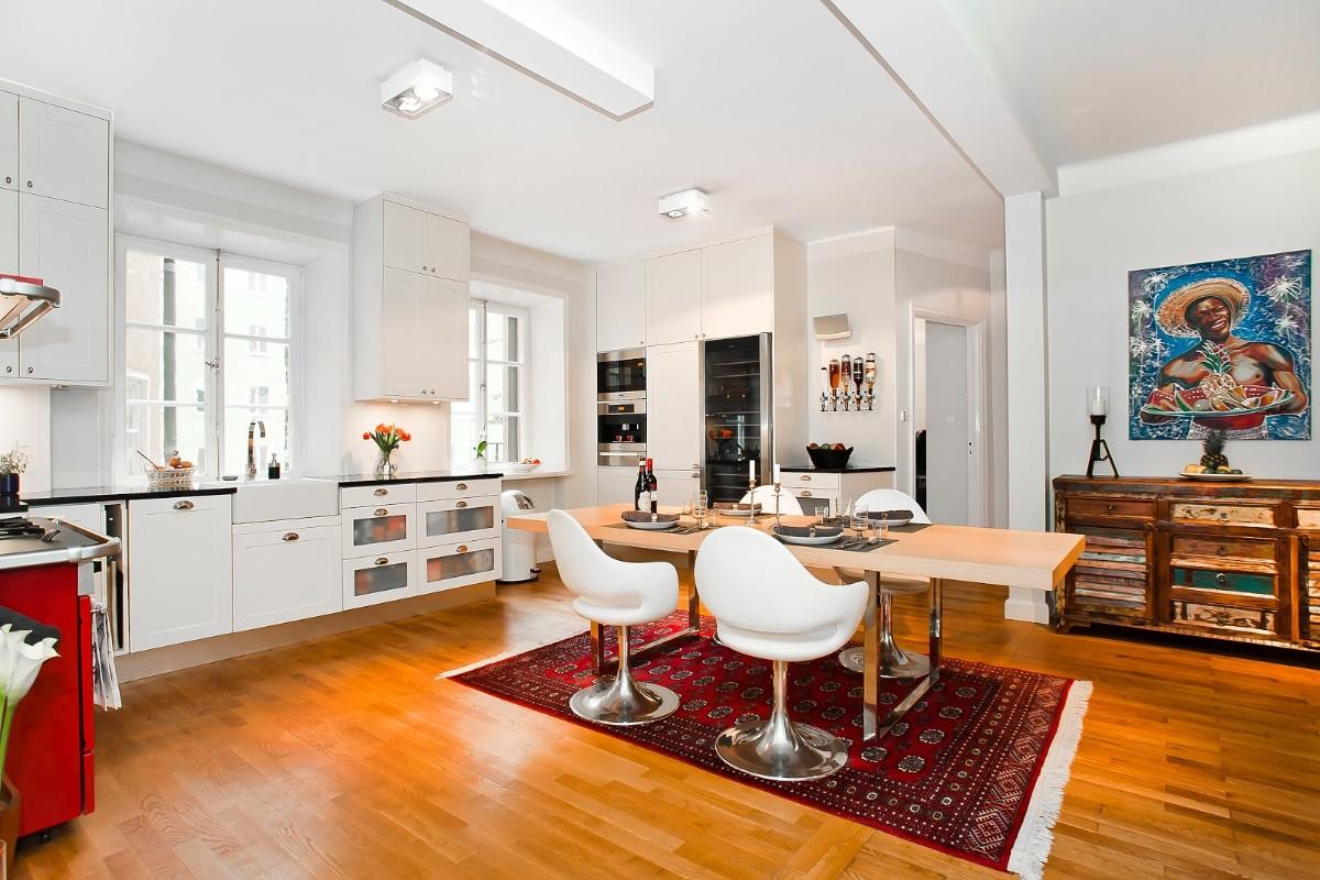 дом в скандинавском стиле кухня столовая
