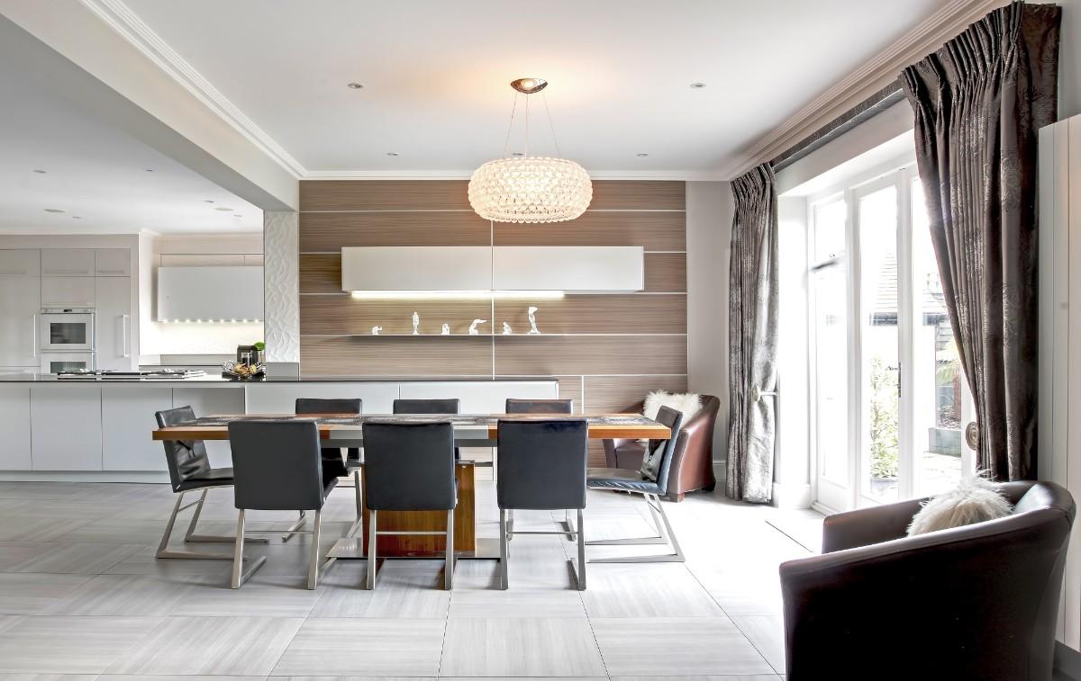 дизайн кухни гостиной в частном доме в современном стиле