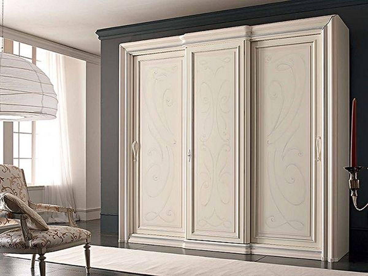 светлые спальни в классическом стиле