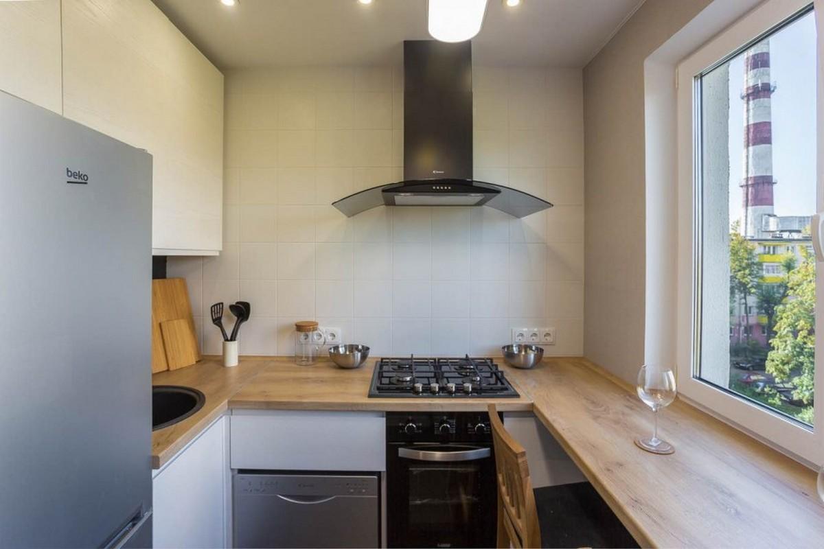 дизайн белой кухни 6 кв м со столешницей подоконником