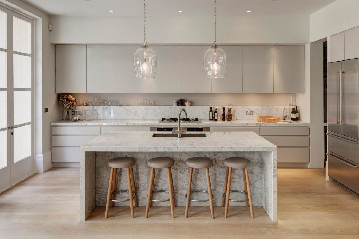 кухня в стиле неоклассика фото