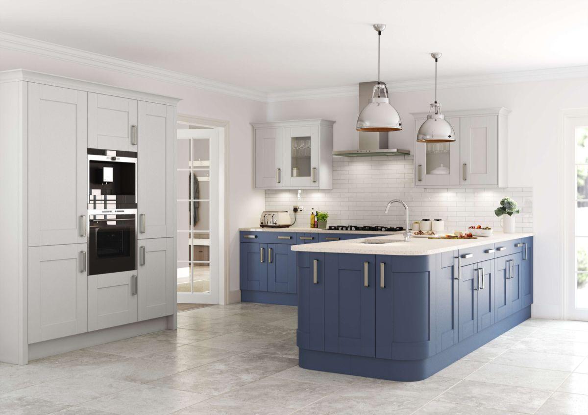 кухня в стиле неоклассики белый с синим
