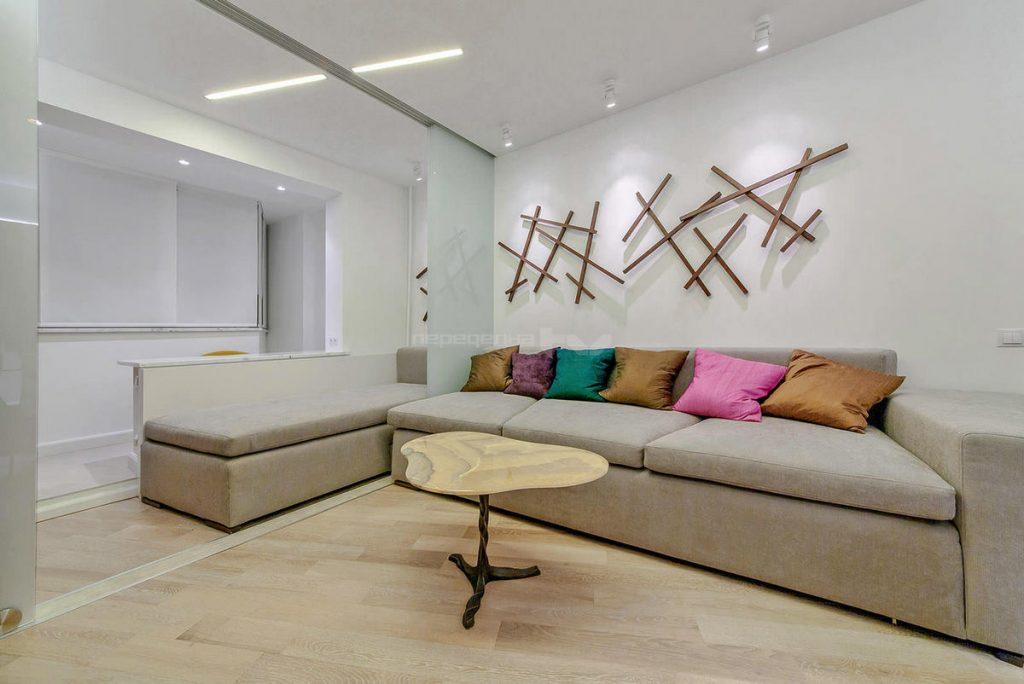 совмещение балконм с комнатой дизайн фото