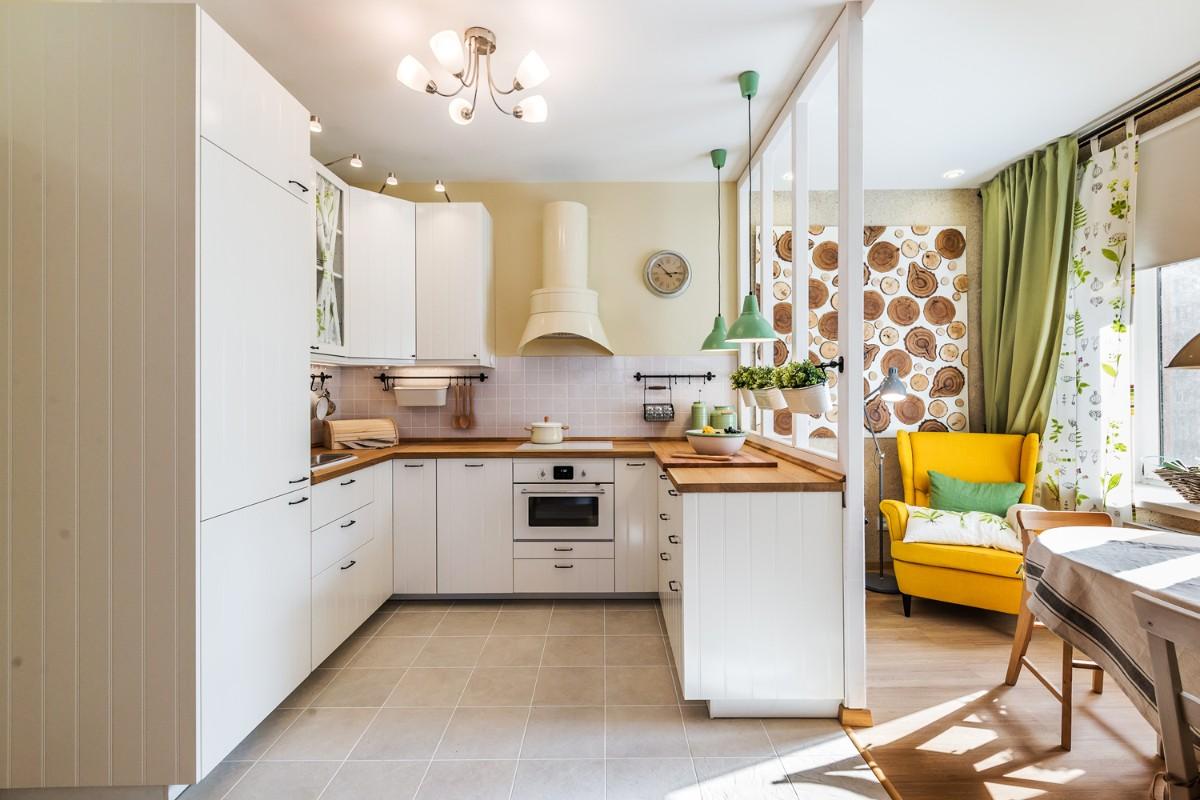 столешница из дерева для светлой кухни