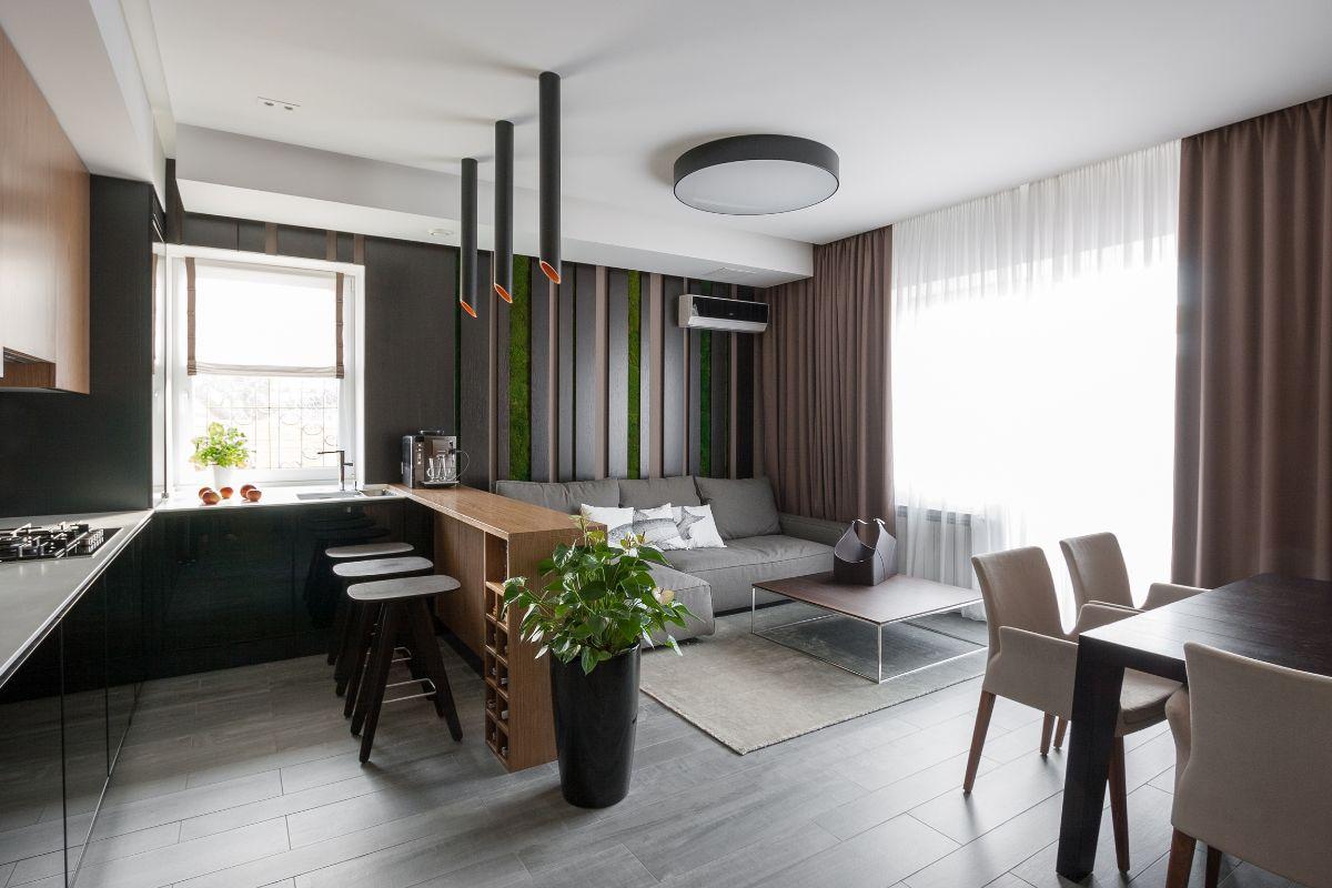 интерьер маленькой квартиры студии в коричневом цвете