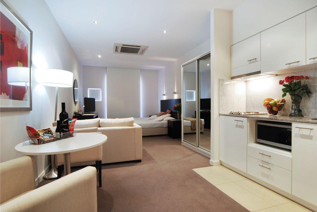 интерьер маленькой квартиры светлый дизайн со свободной планировкой