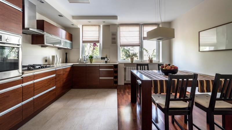 комбинированный пол на кухне в стиле лофт