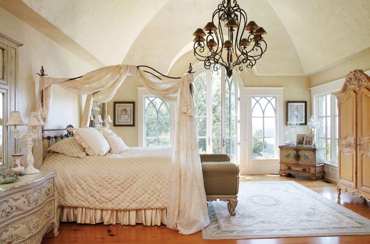 винтаж в интерьере дома спальня с балдахином