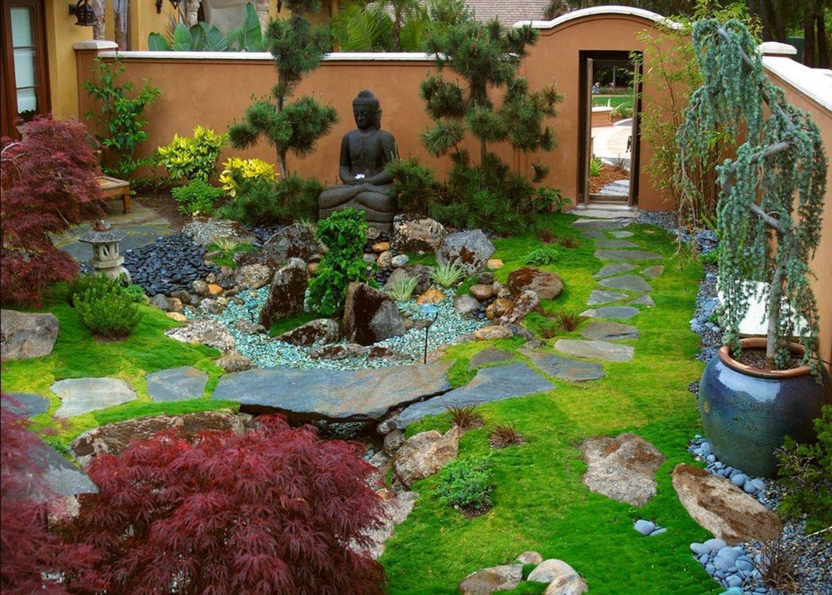 дизайн садового участка с фигурами
