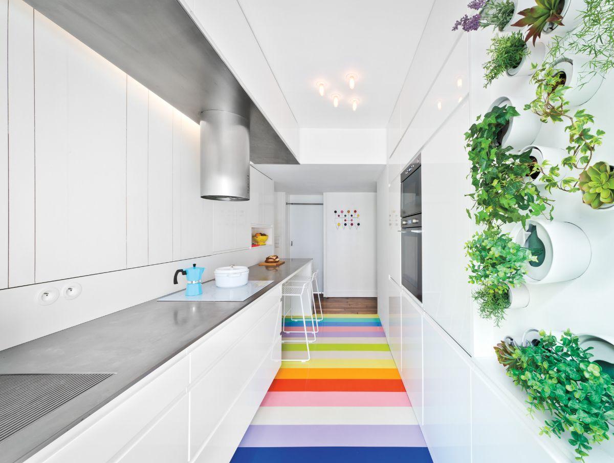 дизайн узкой кухни милый коврик
