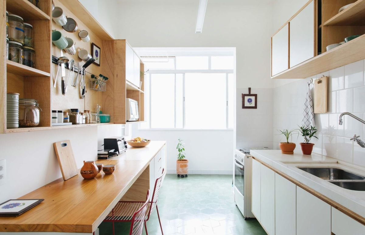 дизайн узкой кухни в скандинавском стиле пример