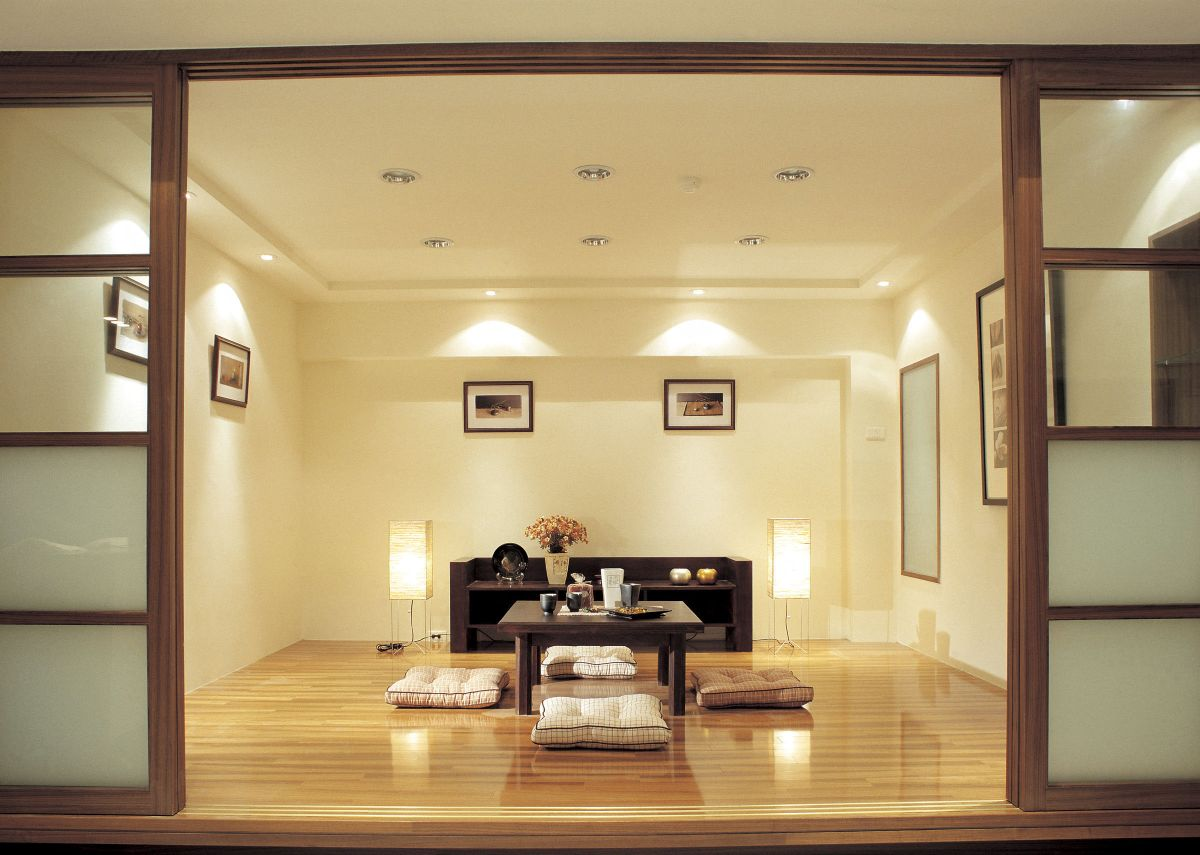 светлый интерьер в японском стиле пример дизайна