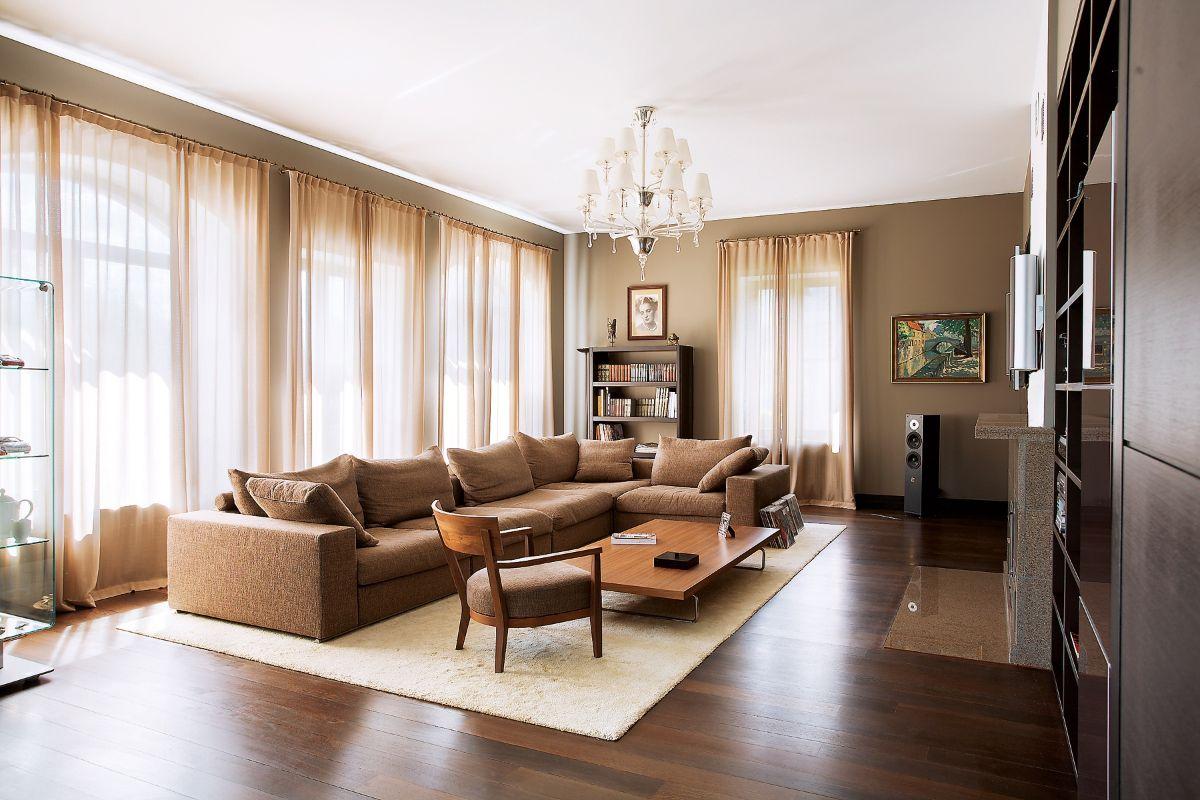 дизайн интерьера гостиной в песочном цвете в стиле модерн
