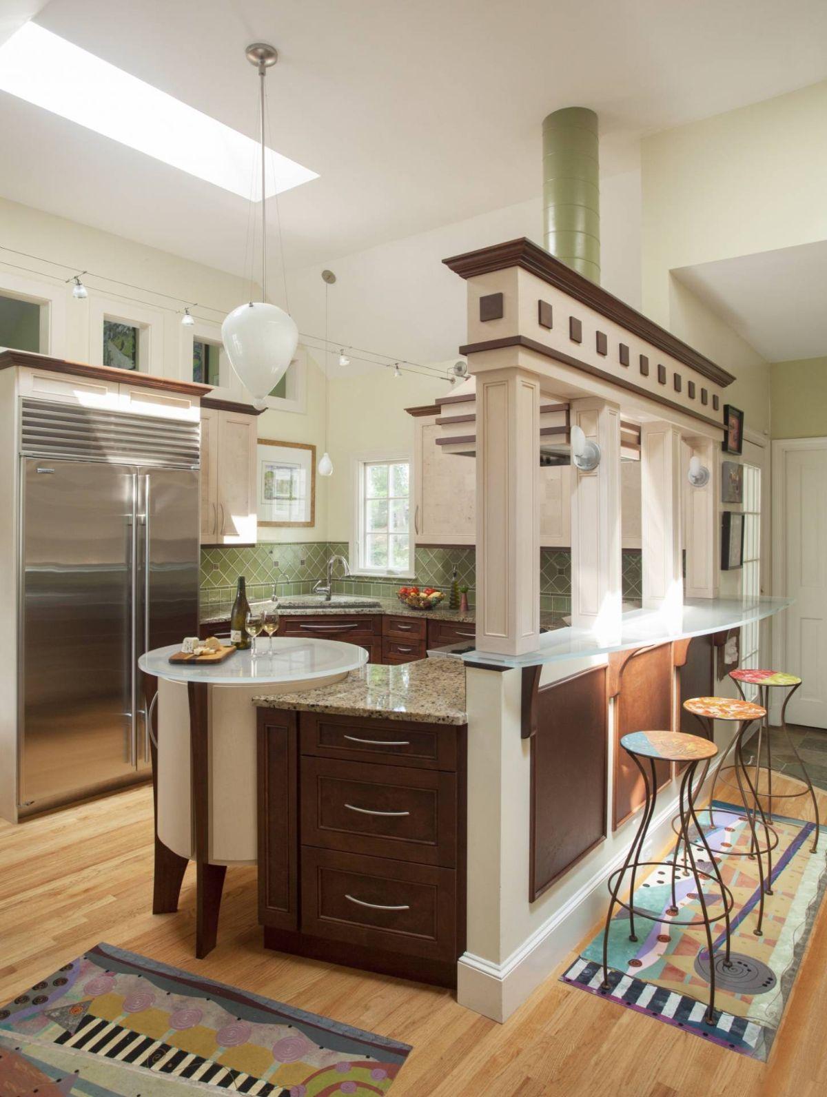 дизайн интерьера кухни с зелёным фартуком стиль модерн