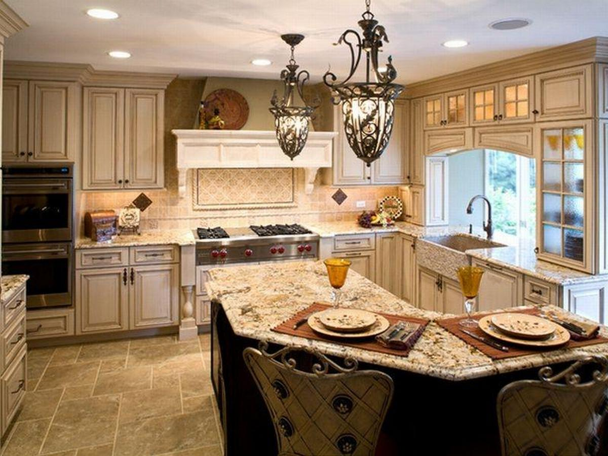 дизайн интерьера в стиле барокко на кухне
