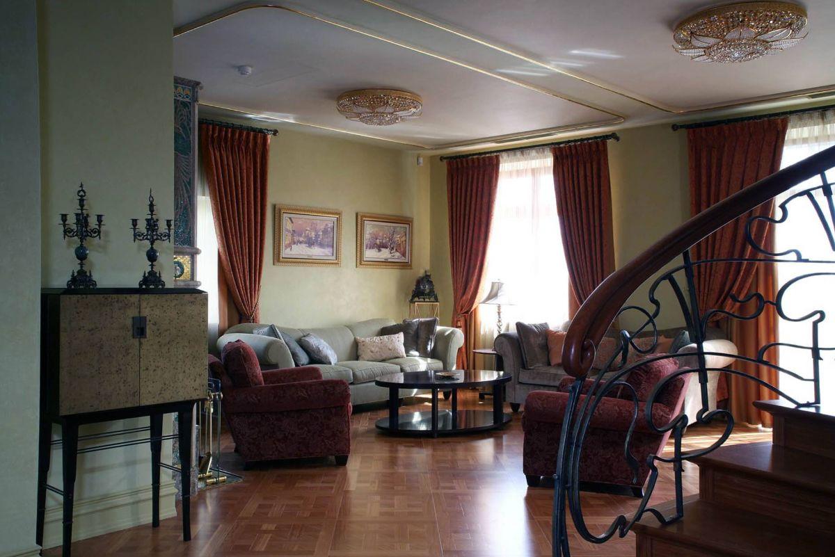 дизайн интерьера в стиле модерн коричневые портьеры