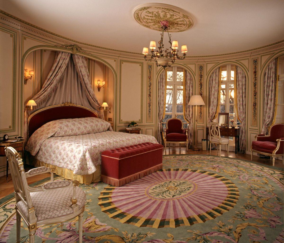 дизайн спальни в стиле модерн балдахин