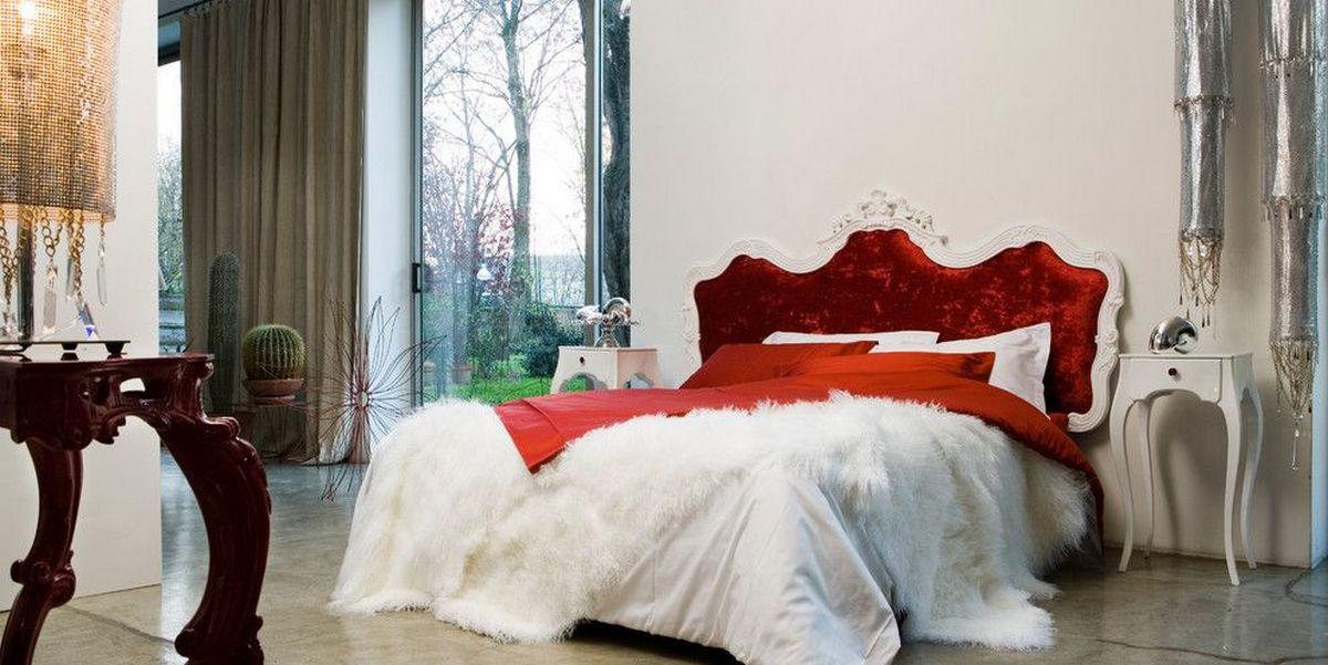 интерьер дома в стиле барокко кровать