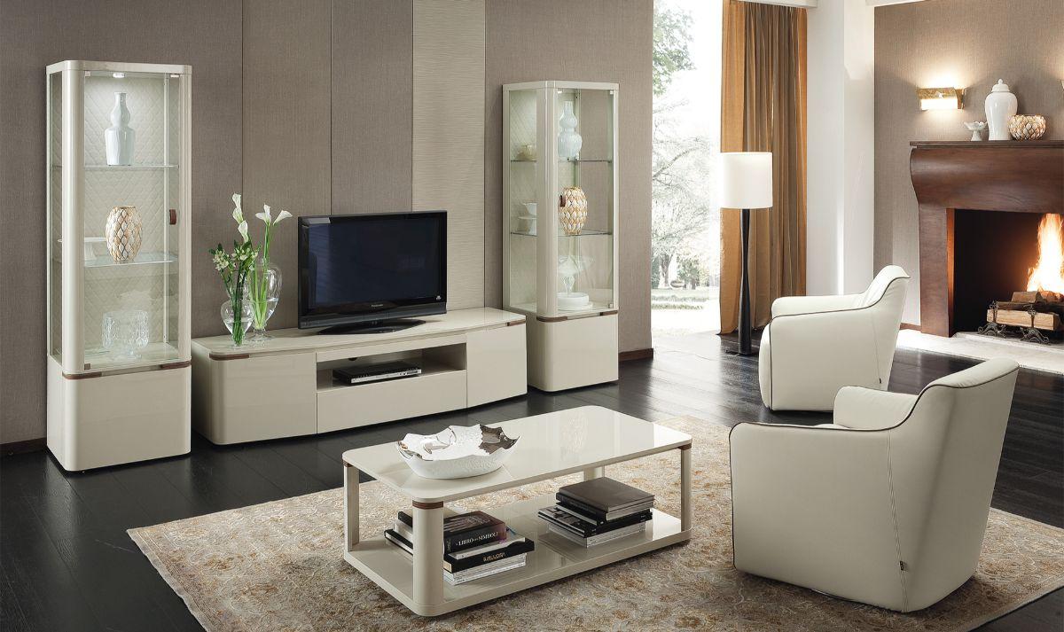 интерьер в стиле модерн камин в гостиной
