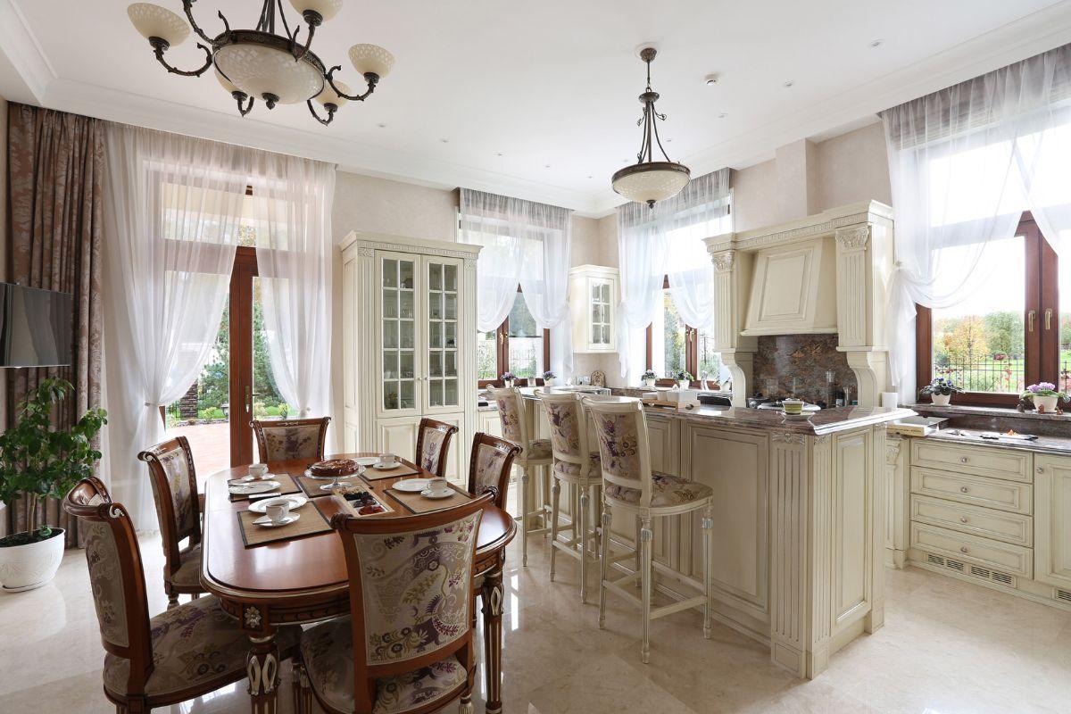 кухня в итальянском стиле элегантный дизайн интерьера
