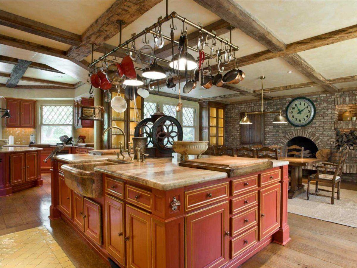 кухня в итальянском стиле гарнитур розового оттенка