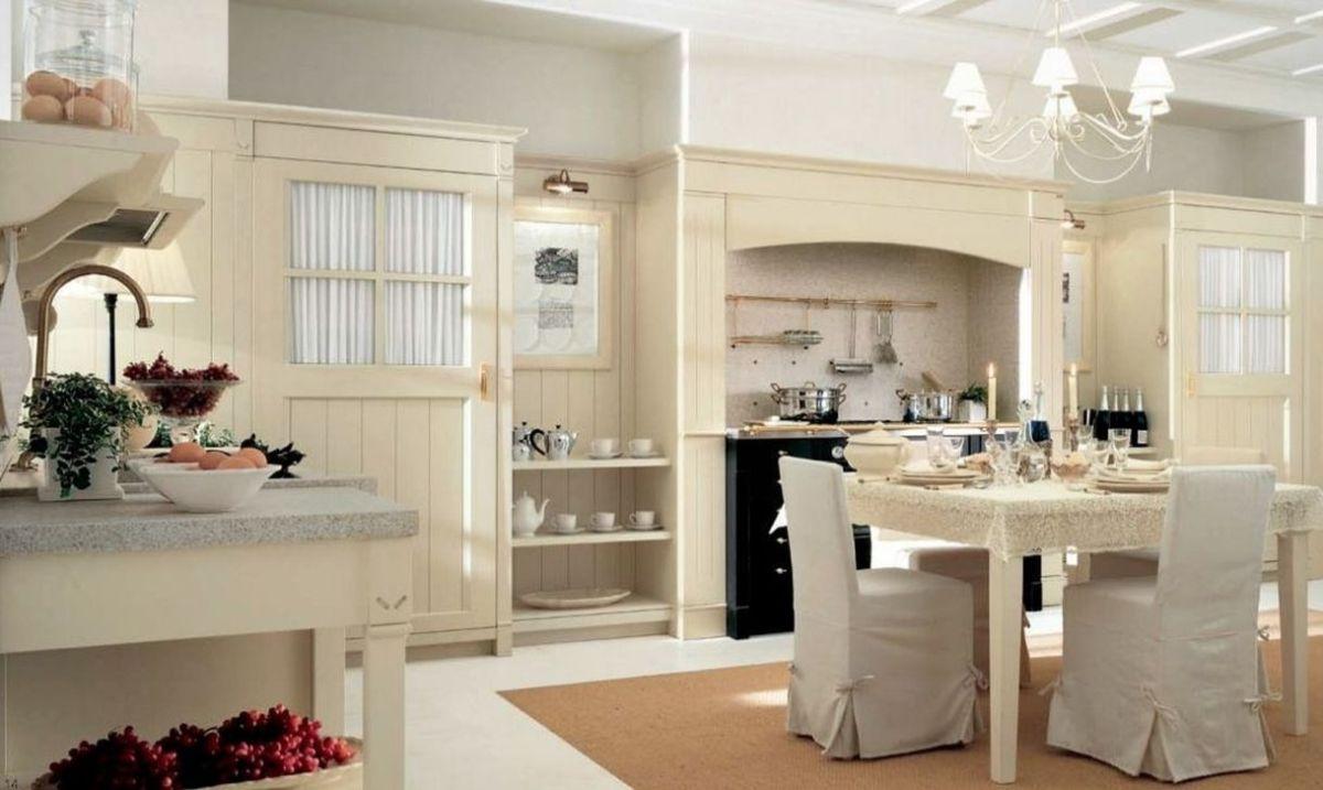 кухня в итальянском стиле молочного оттенка
