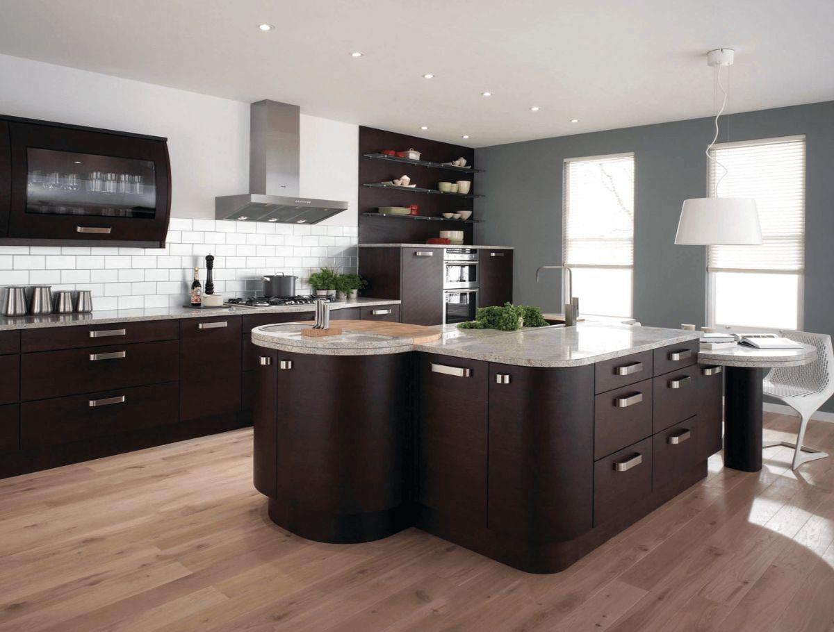 лаконичный интерьер кухни в стиле модерн