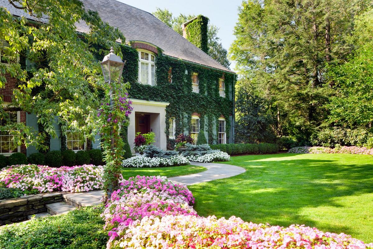 ландшафтный дизайн садового участка 10 соток цветение
