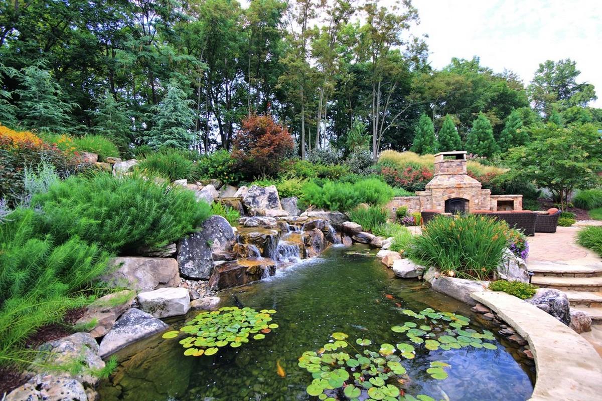ландшафтный дизайн садового участка с прудом