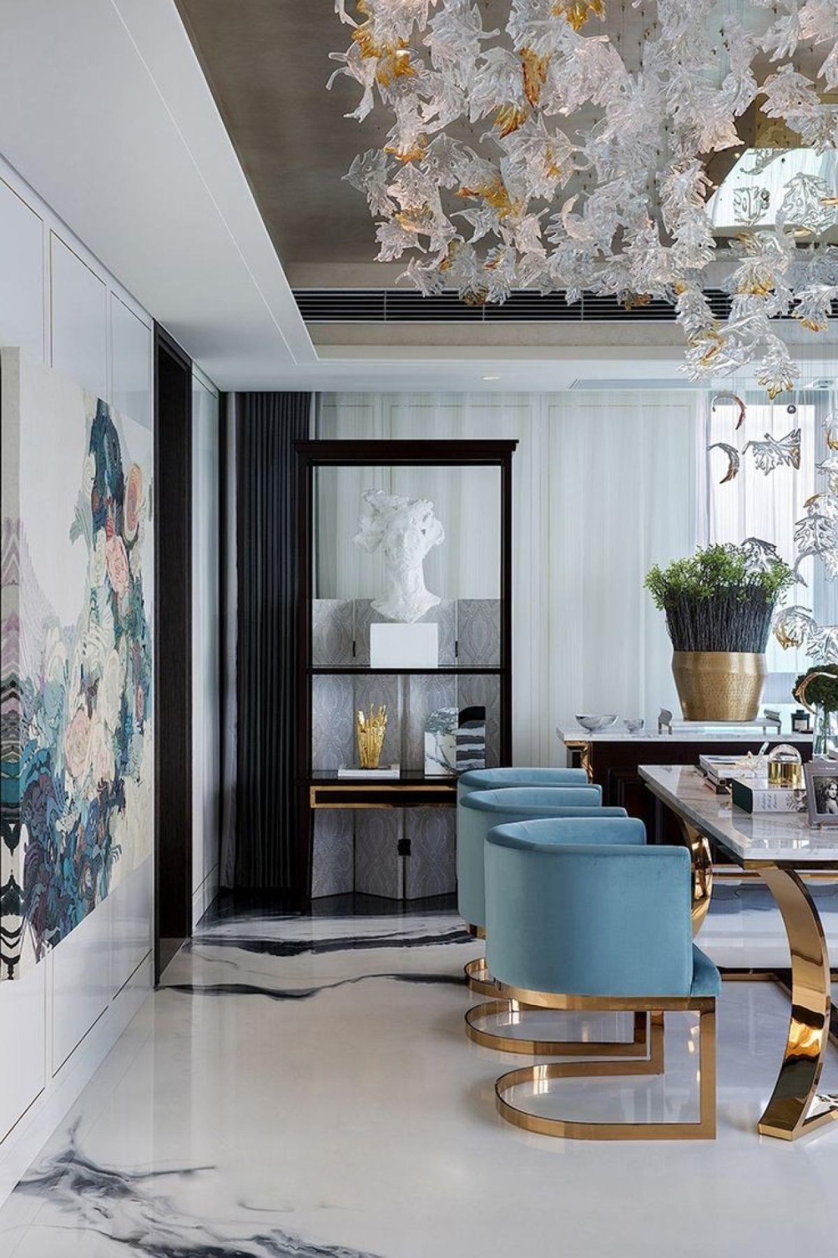 роскошный интерьер в стиле модерн интересный дизайн стульев