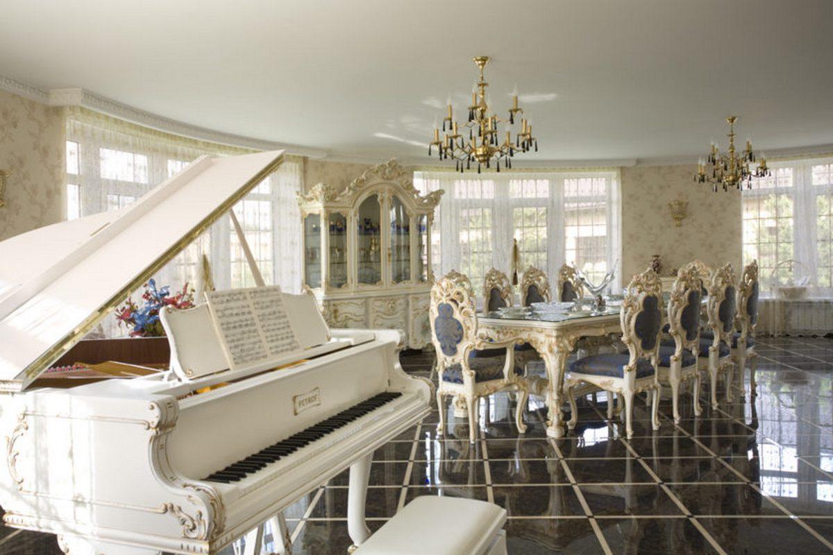 стиль барокко в интерьере квартиры с роялем