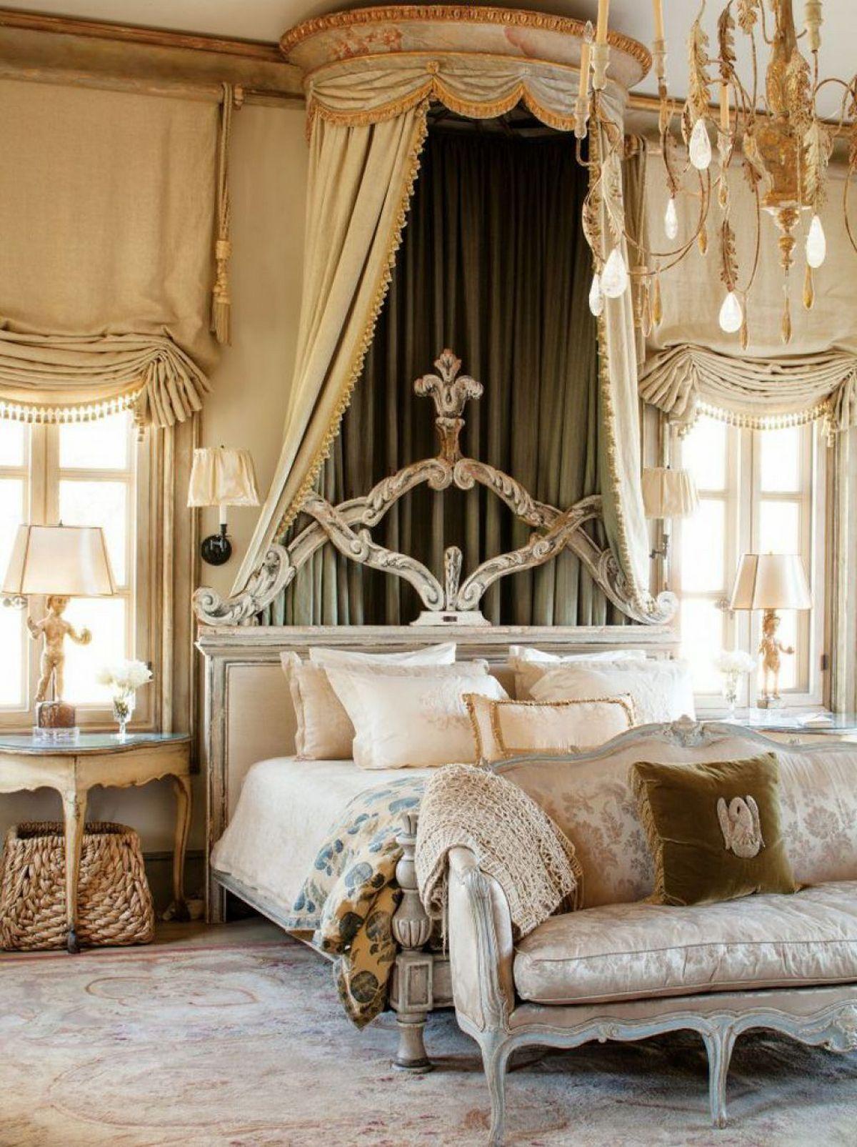 стиль барокко в современном интерьере кровать с паланкином