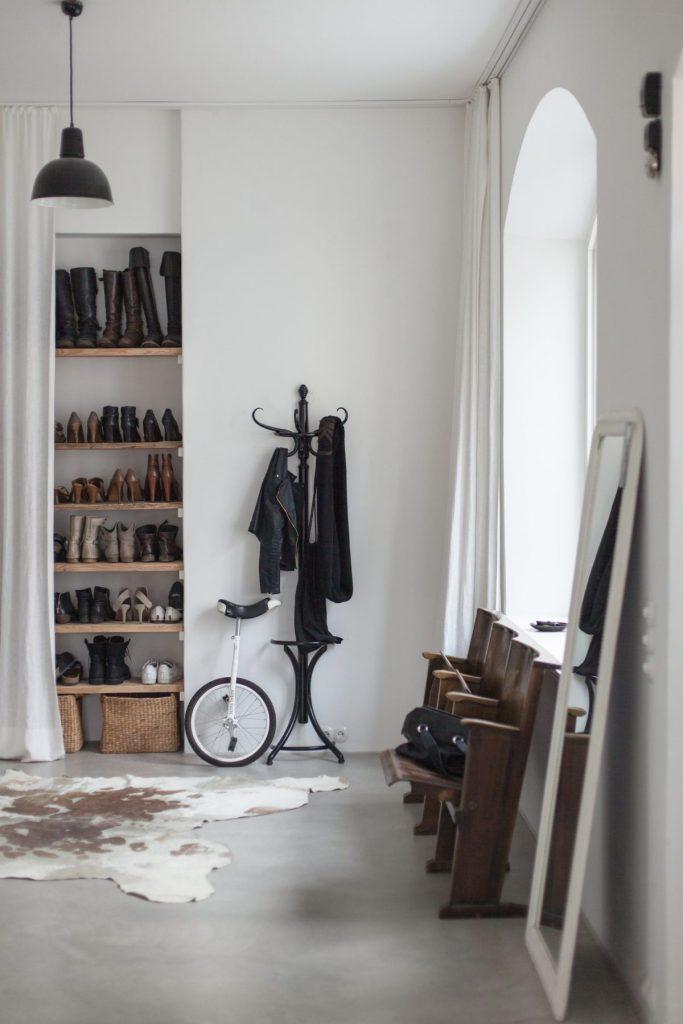 эффектный дизайн прихожей в скандинавском стиле