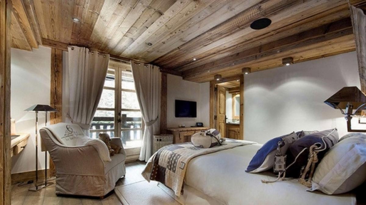 интерьер спальни в стиле шале фото пример