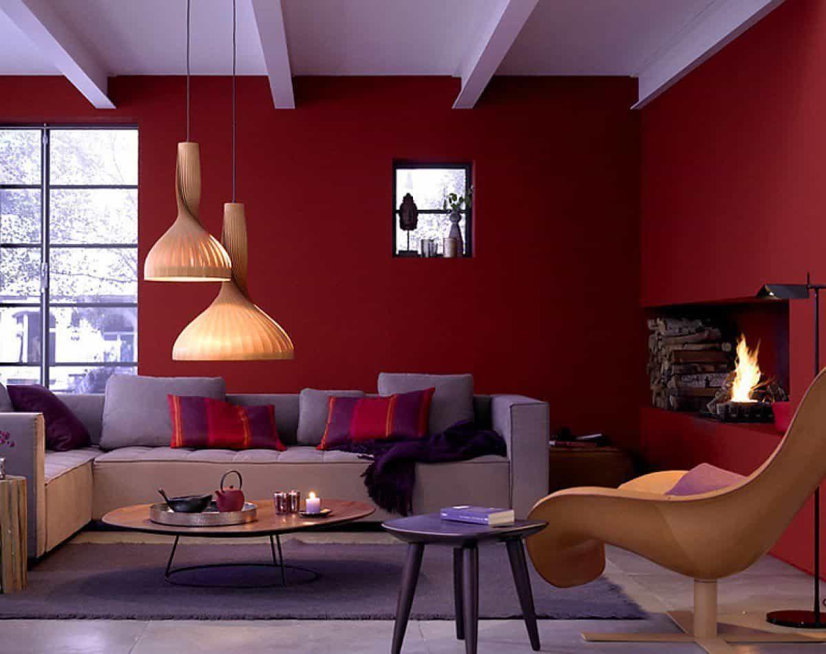 интерьер в ярких цветах дизайн с красными стенам