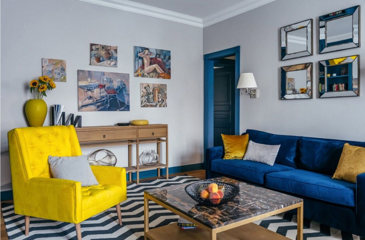 интерьер в ярких цветах синий с жёлтым