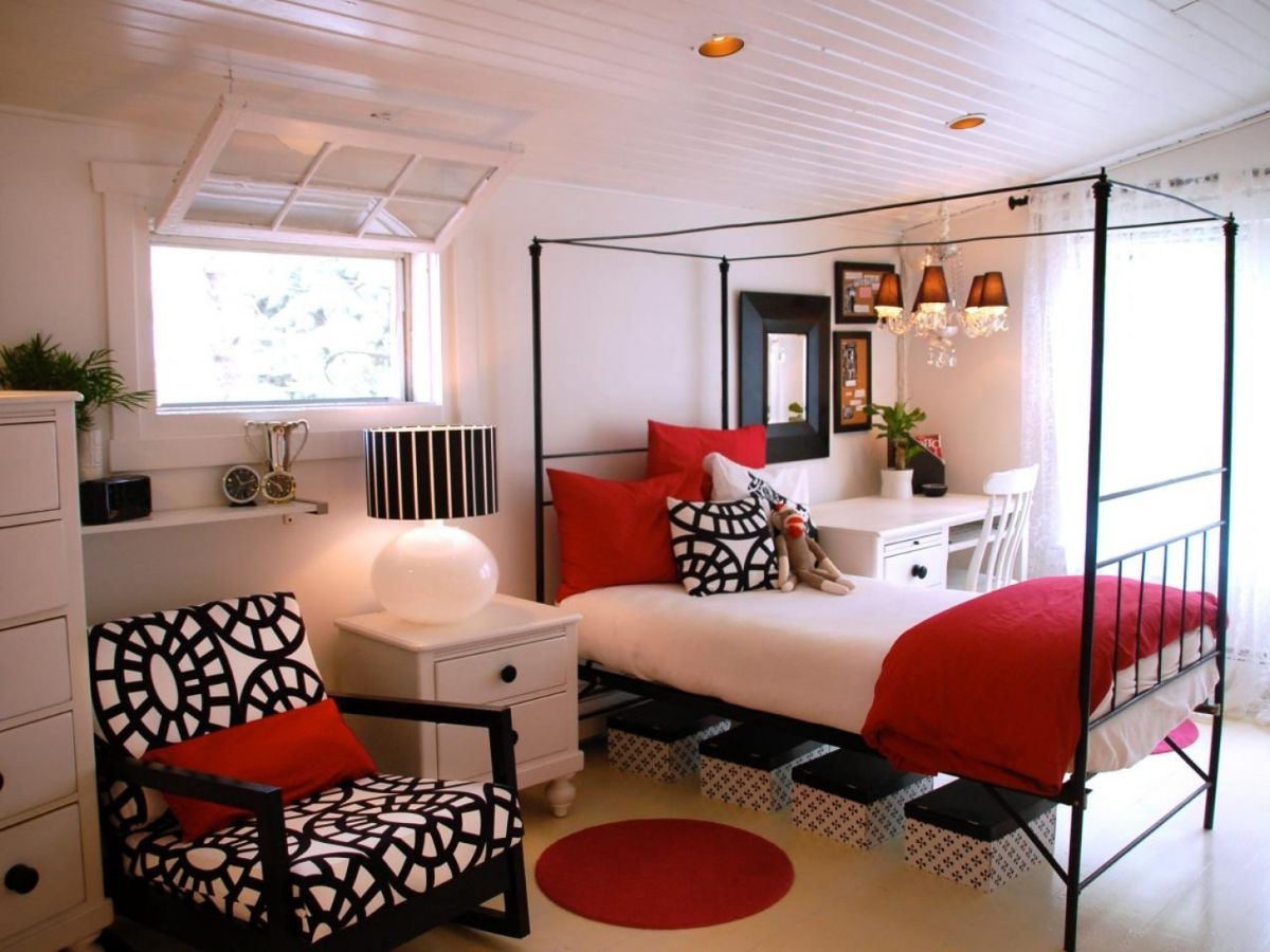 интерьер в ярких цветах стильная спальня