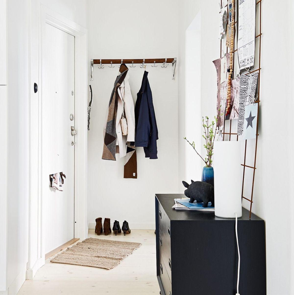 прихожая в скандинавском стиле дизайн в небольшой квартире