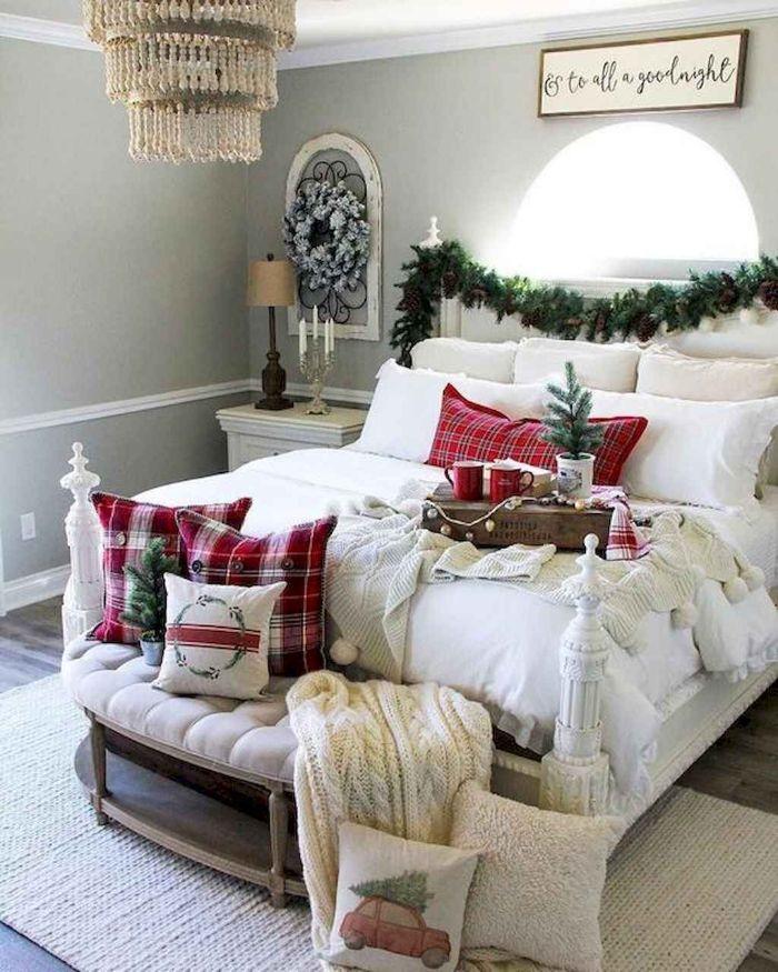 как оформить кровать в детской на новый год