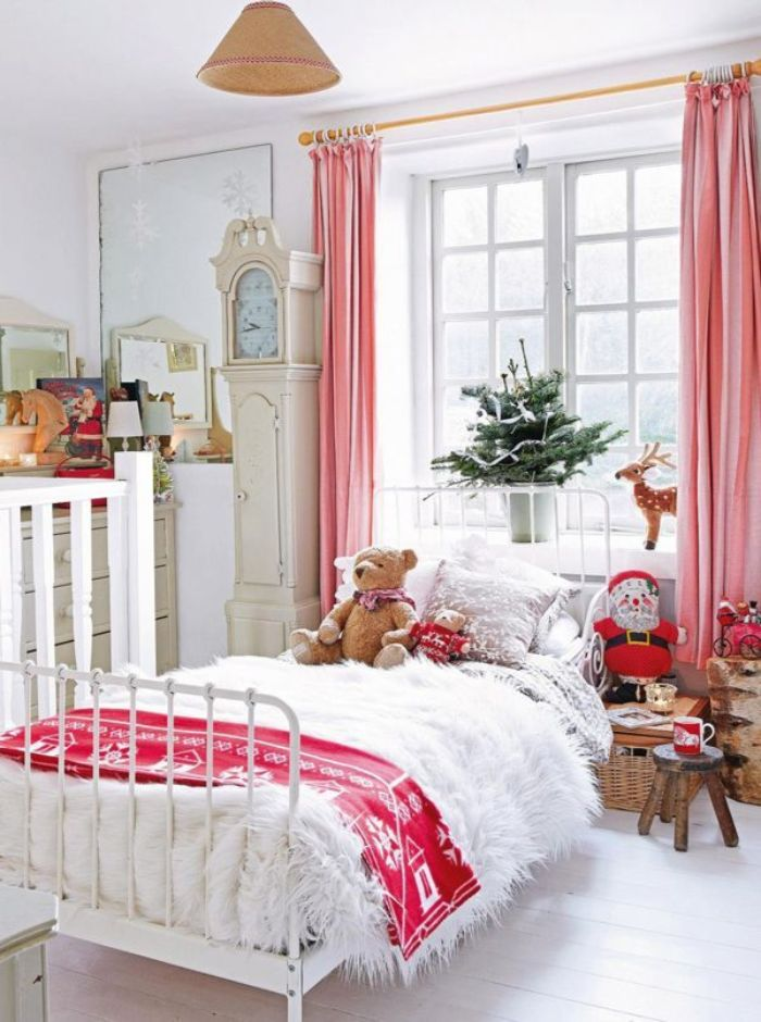 украшение кровати на новый год