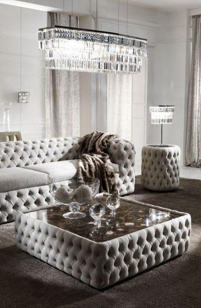 стильная мягкая мебель для зала