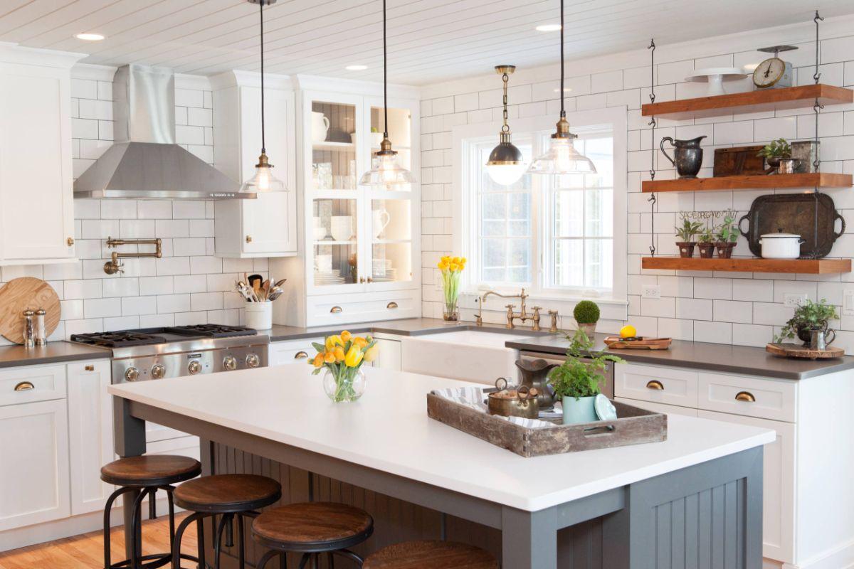 декор для кухни белая плитка