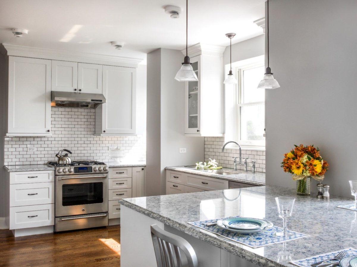 декор для кухни интерьер в светлом цветовом решении