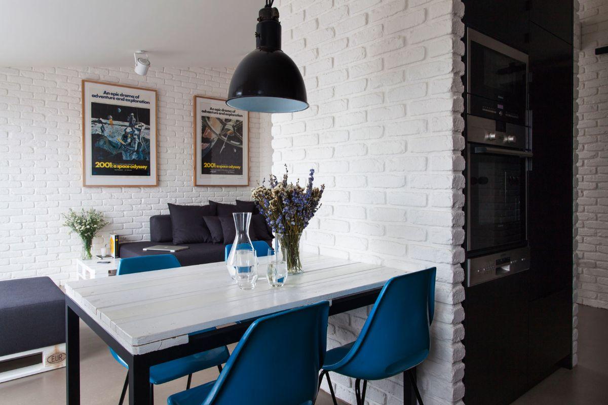 декор для кухни с белыми стенами