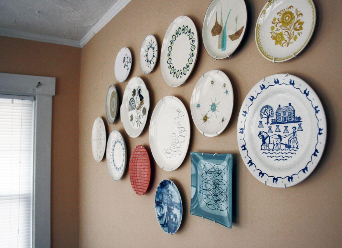 декор для кухни тарелки разного размера