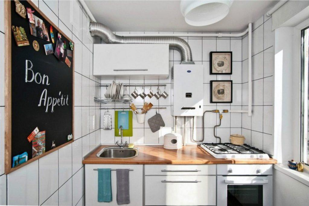 грифельная доска для записей в интерьере кухни декор стен